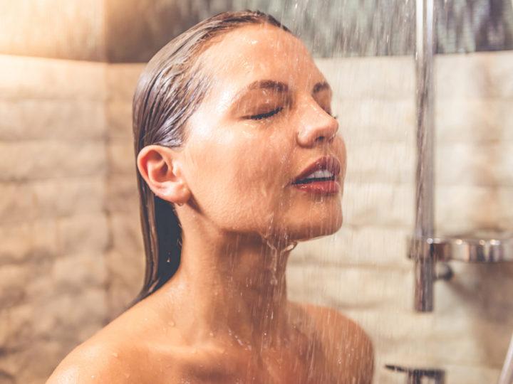 Wellness s pocitom osviežujúceho dažďa. Aj sprchová hlavica dokáže divy