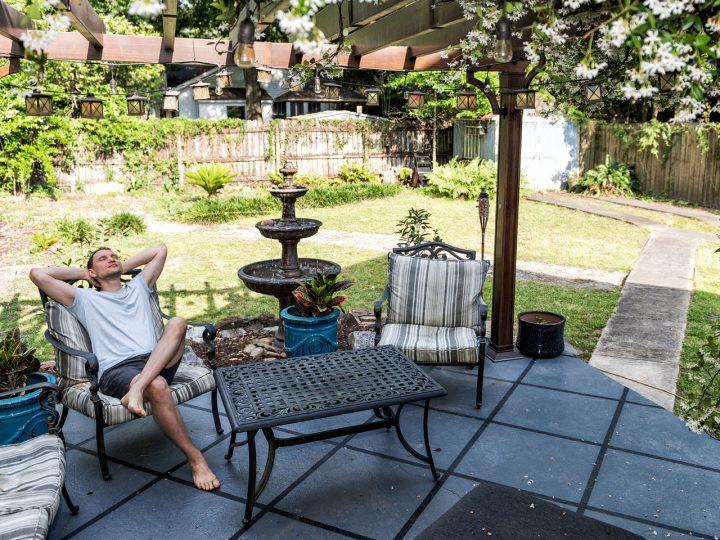 Zábava aj oddych priamo v záhrade? Jedine s kvalitným altánkom. Nebojte sa ho zostrojiť