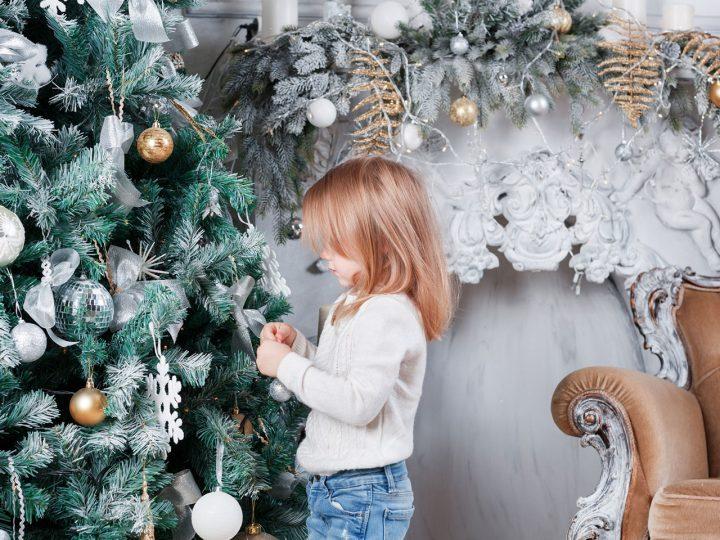 Chcete tieto Vianoce očariť? Zvoľte bielu a prírodné materiály