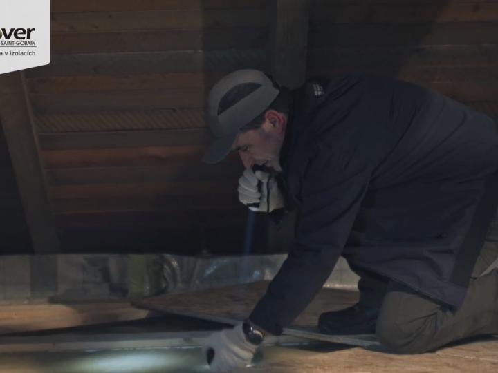 Za únikmi tepla môže byť aj zle zaizolovaná podlaha povaly